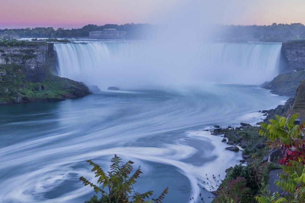 Cidades próximas a Nova York para conhecer cataratas do niagara