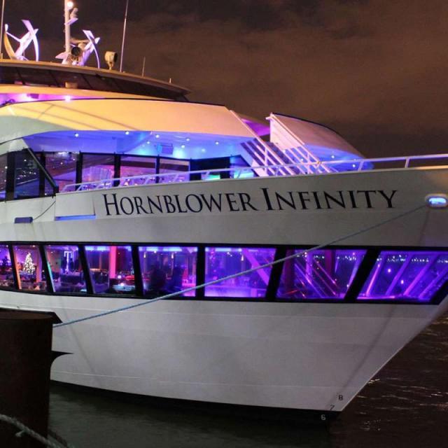 Hornblower New York –  Cruzeiro de Natal em Nova York