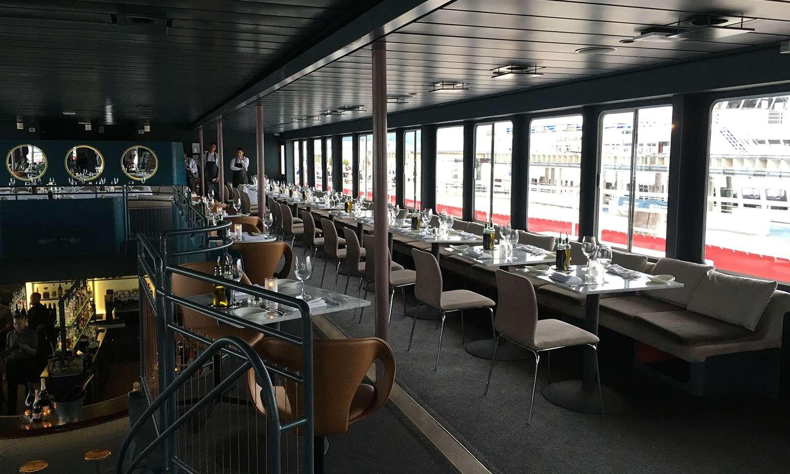 north river fish bar passeio de barco em nova york gratuito