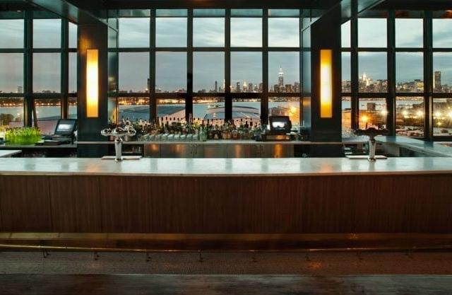 Rooftop-Bar The Ides no Wythe Hotel