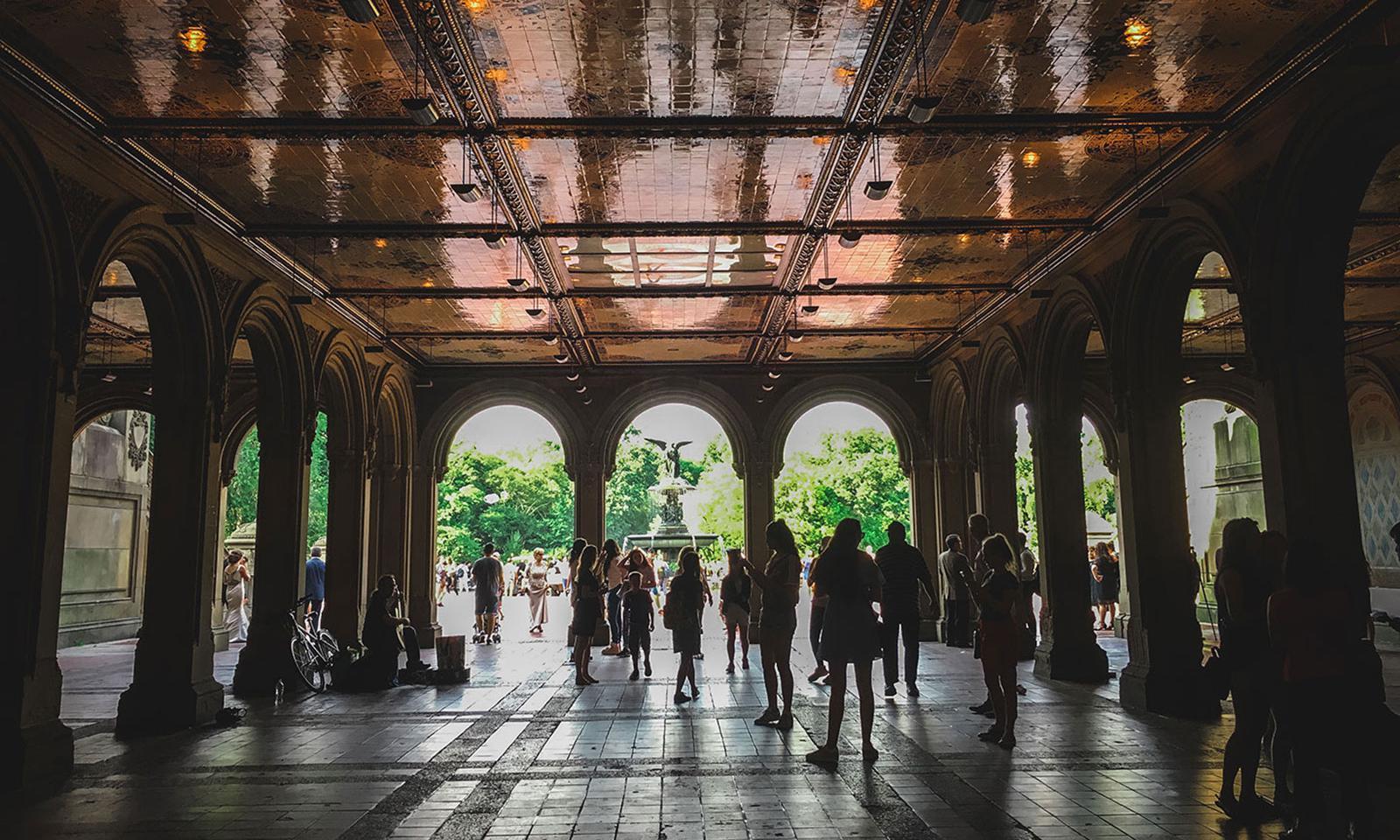 Como não incluir o Central Park dentro da lista dos principais pontos  turísticos de Nova York  Conhecido como o pulmão de Manhattan 94b2682e05c