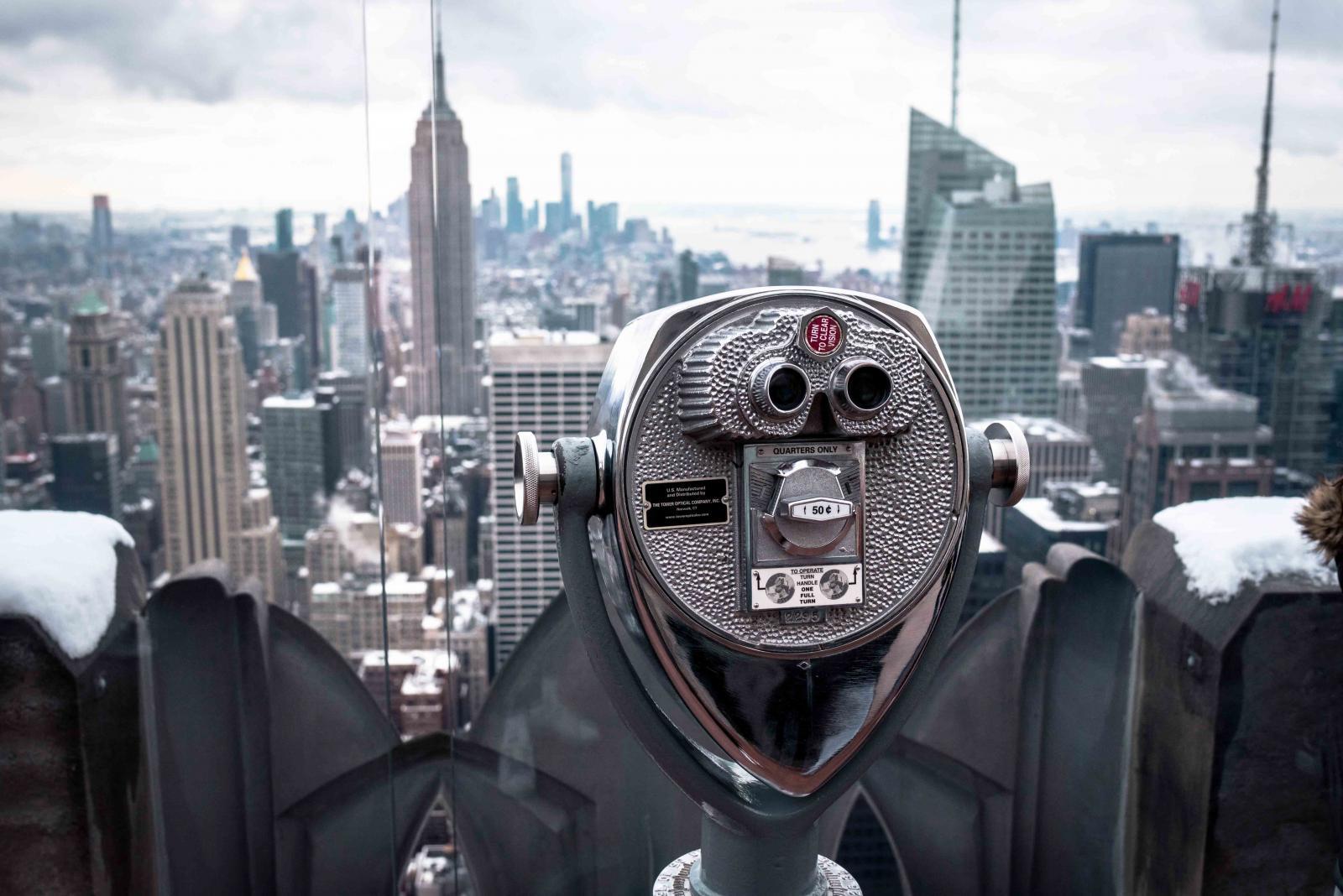 Eu já citei o Top of the Rock nessa lista dos melhores pontos turísticos de  Nova York. O Top of the Rock é o mirante no topo do Rockefeller Center. dd4aaf5447e